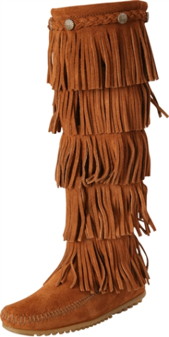 Minnetonka 5 Layer Fringe Boot for Women in Brown 6