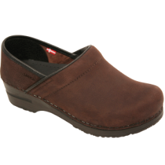 Sanita Pro Textured Oil Narrow Clog For Women