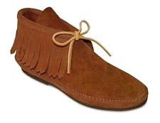 Minnetonka Amanda Suede Moccasin in Brown 9.5