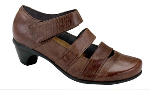 Naot Culture Shoe for Women in Brushed Macadamia