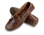 Minnetonka Original Cowhide Driving Moccasin for Men in Dark Brown Lariat